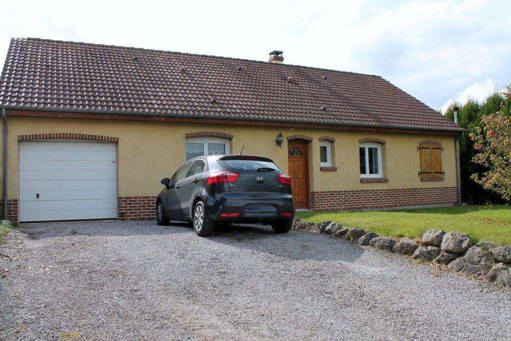 vente nouveaute jolie maison individuelle sans travaux 3 ch garage sur 1100 m2. Black Bedroom Furniture Sets. Home Design Ideas